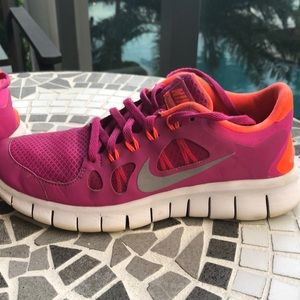 Nike Free 5.0 pink and orange sneakers size 5.5